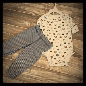 New! Carter's Baby Boy 2-piece outfit